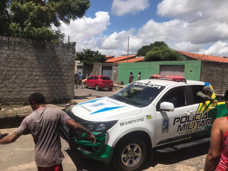 Homem é capturado por populares após invadir casa em Teresina