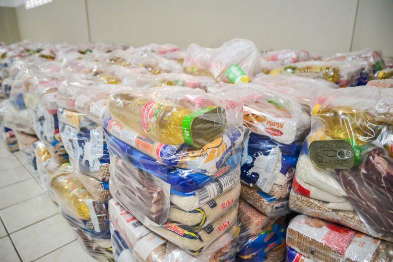 Prefeito do PI doa salário para aquisição de cestas básicas