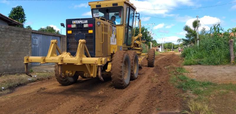 Prefeitura realiza Operação Tapa Buracos em Lagoinha do Piauí