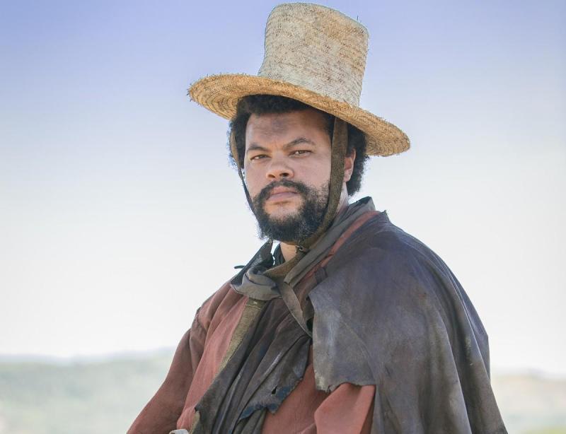 Babu Santana é Jacinto, capanga de Thomas em 'Novo Mundo'