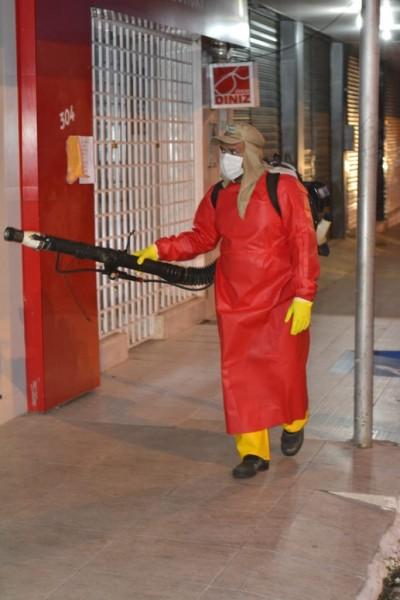 Prefeitura de Floriano realiza sanitização de espaços públicos