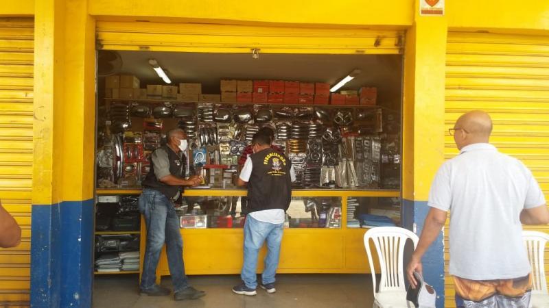 Fiscalização fecha mais de 40 estabelecimentos em Teresina