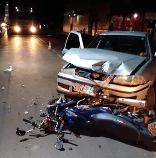 Mulher morre após colisão entre veículos na cidade de Altos