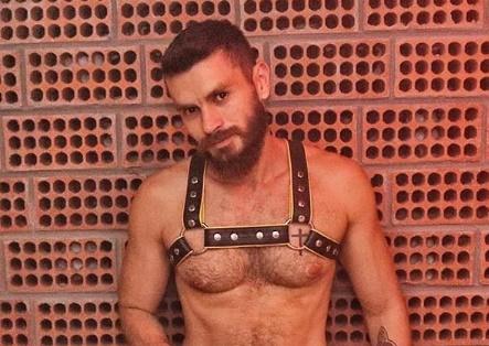 Psicólogo gay fala de sexo e fetiches sem tabus e dá consulta online
