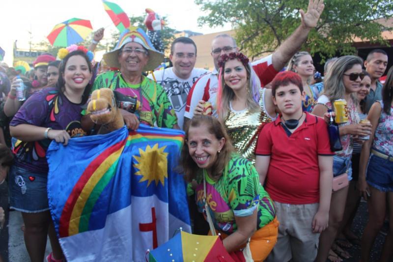 Confira as opções de festa no 3° dia de carnaval em Teresina