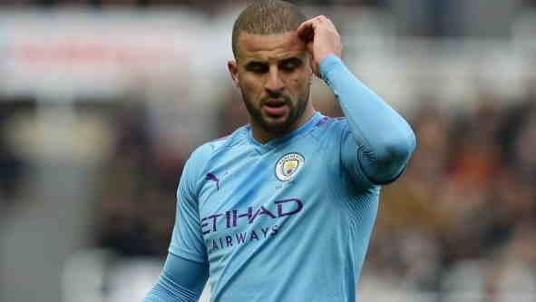 Walker pode ser punido pelo Manchester por quebrar regras de isolamento