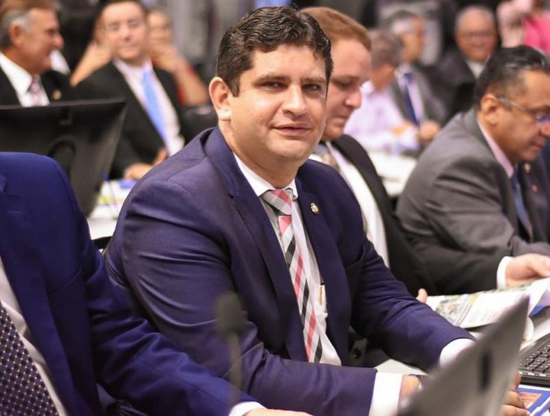 Vereador destina R$ 352 mil para combate do coronavírus em Teresina