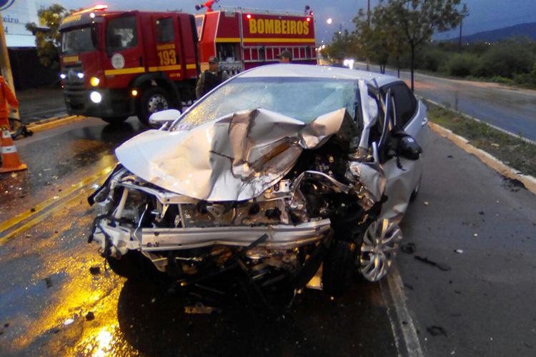 Grave acidente deixa duas pessoas mortas na BR 316