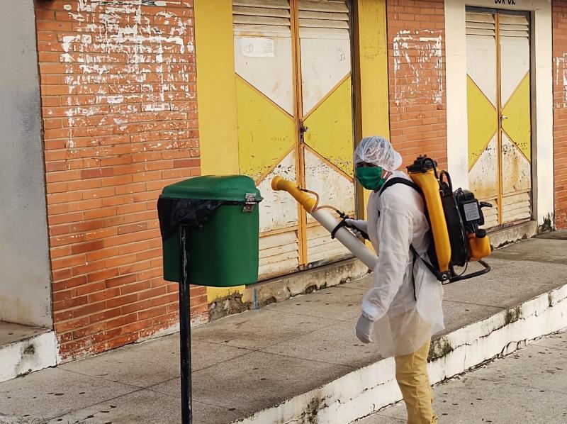 Santa Cruz dos Milagres amplia ações de desinfecção de locais públicos