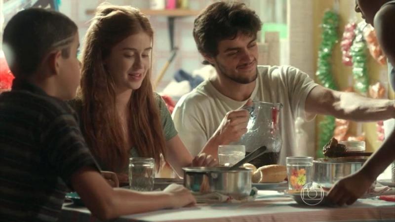 Totalmente Demais: Jonatas convida Eliza para conhecer sua família