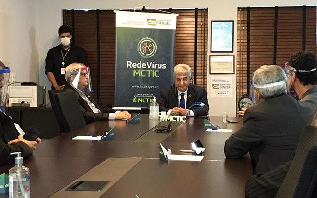 Brasil define 2 remédios para testes contra coronavírus