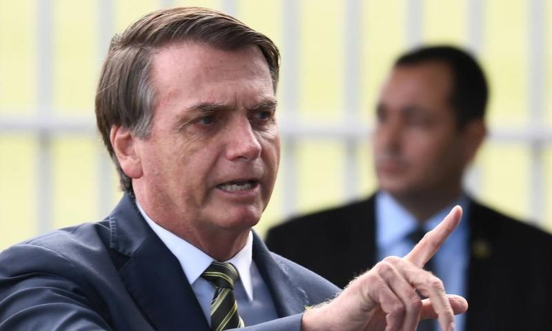 'Cada vez mais o uso da cloroquina se mostra eficaz', afirma Bolsonaro