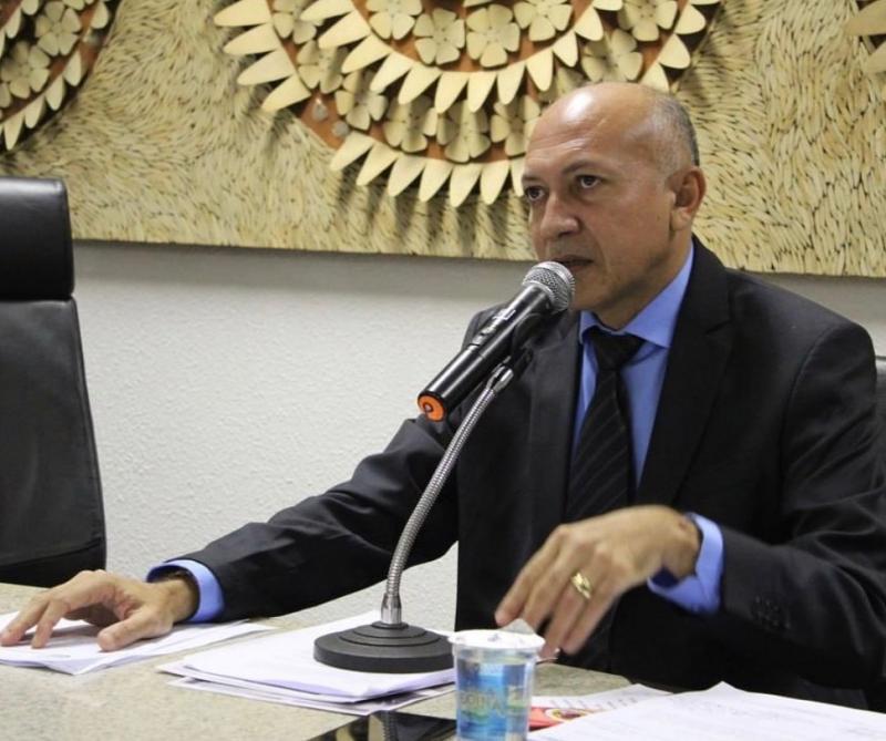 Warton Lacerda critica ação da AGU e defende uso do Fundão na saúde