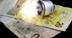 Governo Federal isenta consumidor pobre de pagar conta de luz