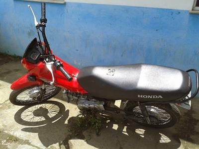 Veículo é furtado em frente a colégio no município de Canto do Buriti