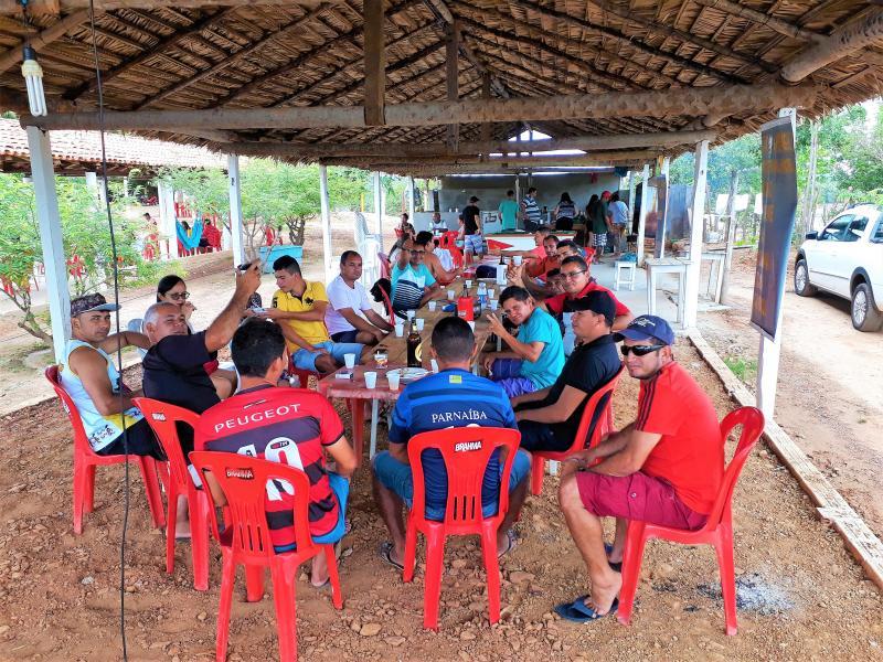 Veteranos de Joaquim Pires Fazem Jogo de Encerramento em Comemoração ao Ano de 2017.