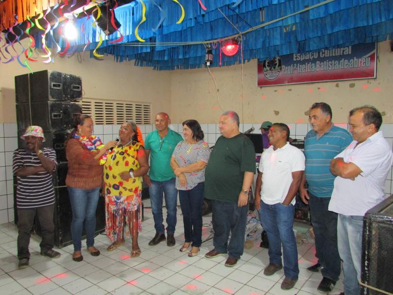 Prefeitura  Municipal de Lagoinha do Piaui  Realiza carnaval da terceira idade