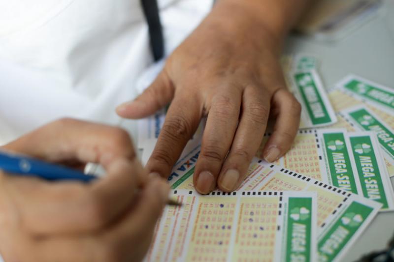 Mega-Sena acumulada pode pagar R$ 71 milhões nesta quarta