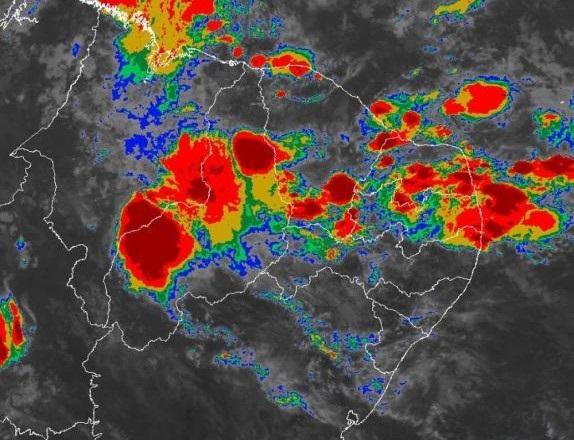 Nuvem com 100 km de extensão poderá causar enxurradas no Médio Parnaíba e em outras cidades do Piauí