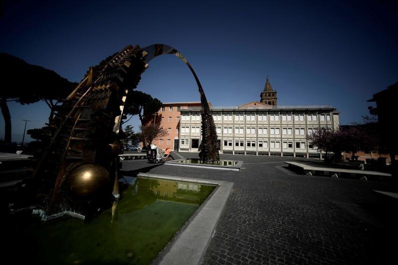 Tivoli, na Itália, vazia por causa da pandemia de novo coronavírus — Foto: Filippo Monteforte/AFP