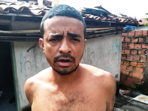 Homem que esfaqueou e matou o próprio amigo é preso em Boqueirão