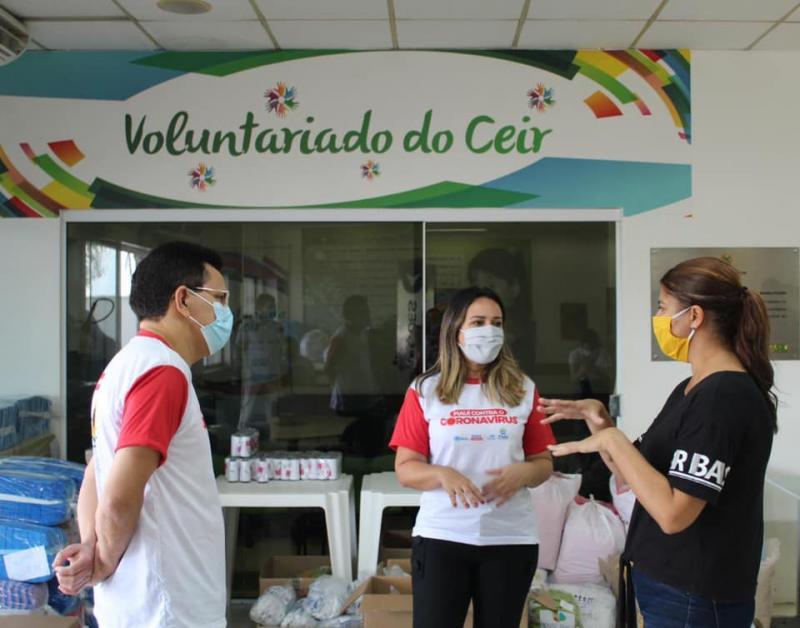 Zé Santana visita Ceir e confere distribuição de equipamentos de proteção