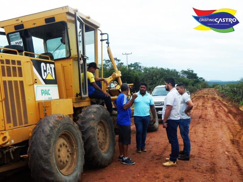 Prefeitura de Cristino Castro realizou reforma e terraplanagem nas estradas que dão acesso ao Sítio