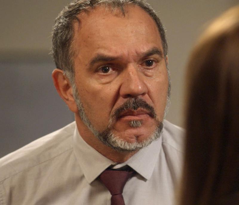Totalmente Demais: Germano pede para Lili parar de investigar Sofia