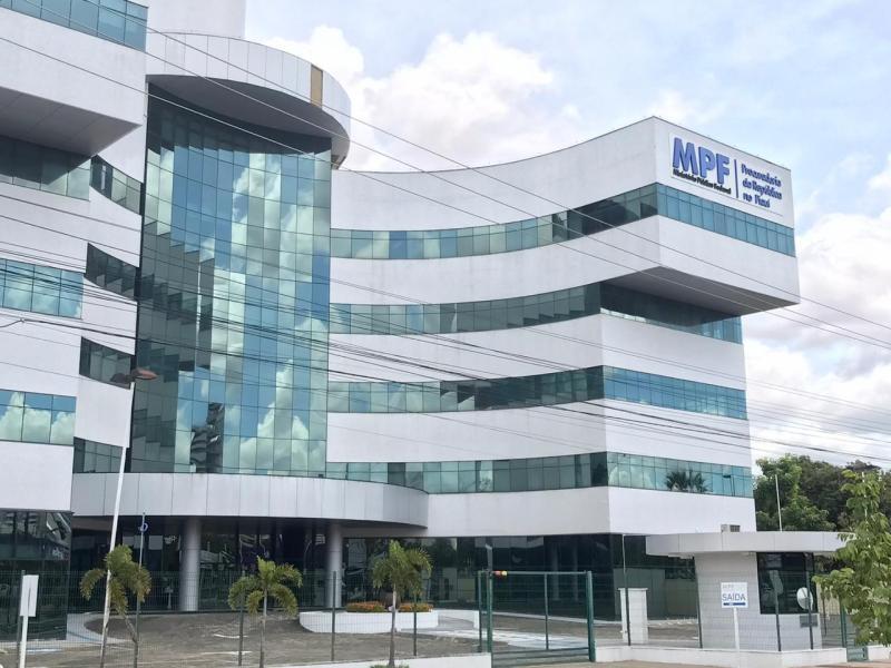Justiça condena ex-prefeito do PI e mais cinco por fraude em licitação