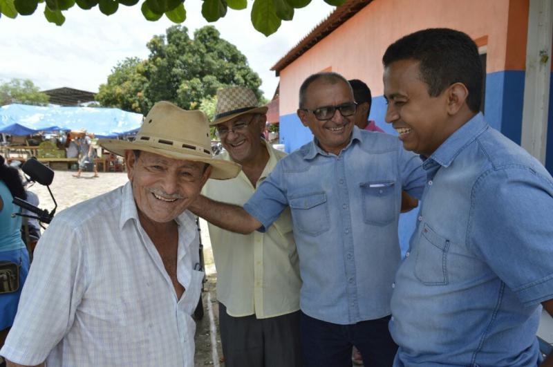 Francisco Costa visita o município de Nazaré do Piauí