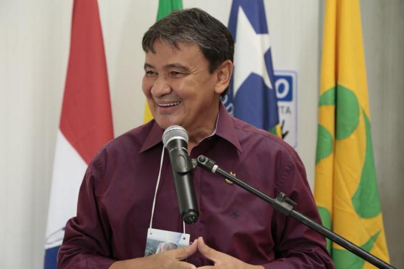 Wellington Dias lidera intenções de voto  diz pesquisa