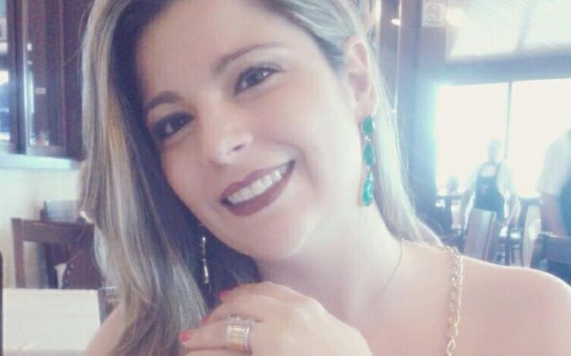 Homem mata namorada asfixiada por ciúmes de vídeo em celular