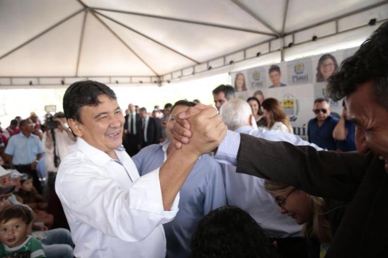 Wellington Dias comenta liderança em pesquisa para o Governo do Estado