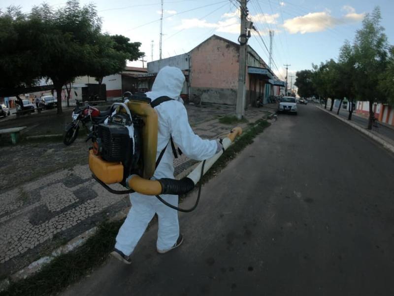 Covid-19: Prefeitura de Altos reforça desinfecção em locais públicos