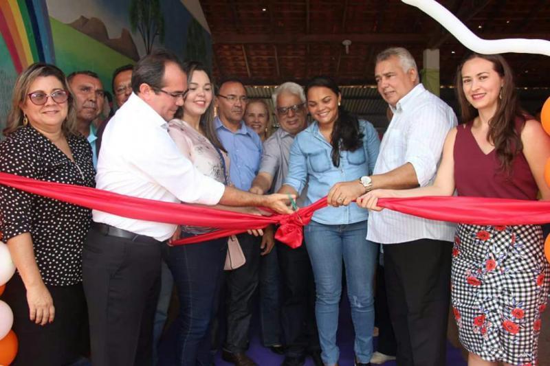 Prefeitura inaugura escola e beneficia nove comunidades em Nazária