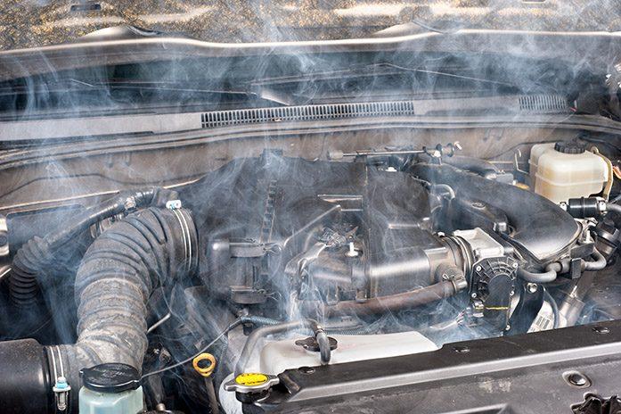 Motor 'fervendo' pode danificar transmissão de câmbio automático em carros