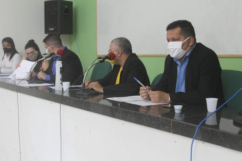 Covid-19: vereadores criam comissão para fiscalizar recursos
