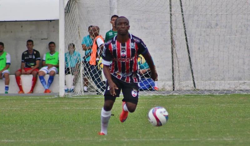 Volante Amarildo deixa River-PI para jogar na Bolívia