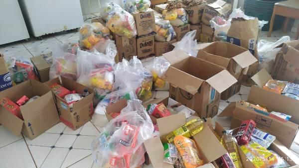 Entrega de kits de merenda escolar em Colônia do Gurgueia