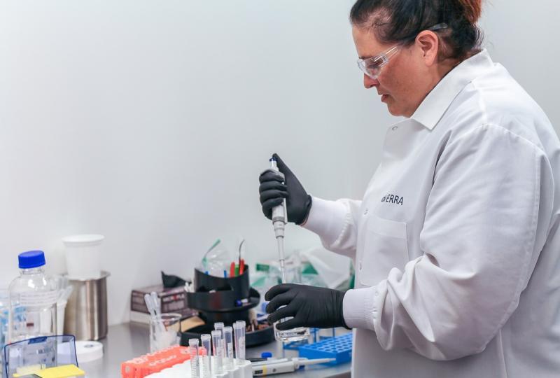 Prêmio para mulheres na ciência está com inscrições abertas