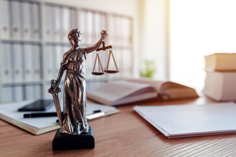 Especialista dá 5 dicas sobre como se preparar para concursos de direito