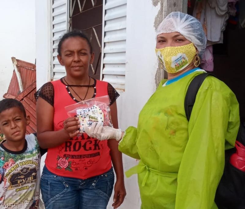 SEMTAC realiza entrega de máscaras para usuários de programas sociais
