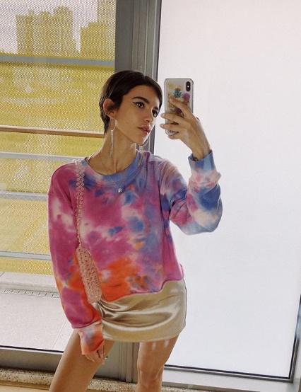 Tie Dye: a tendência do colorido manchado está de volta
