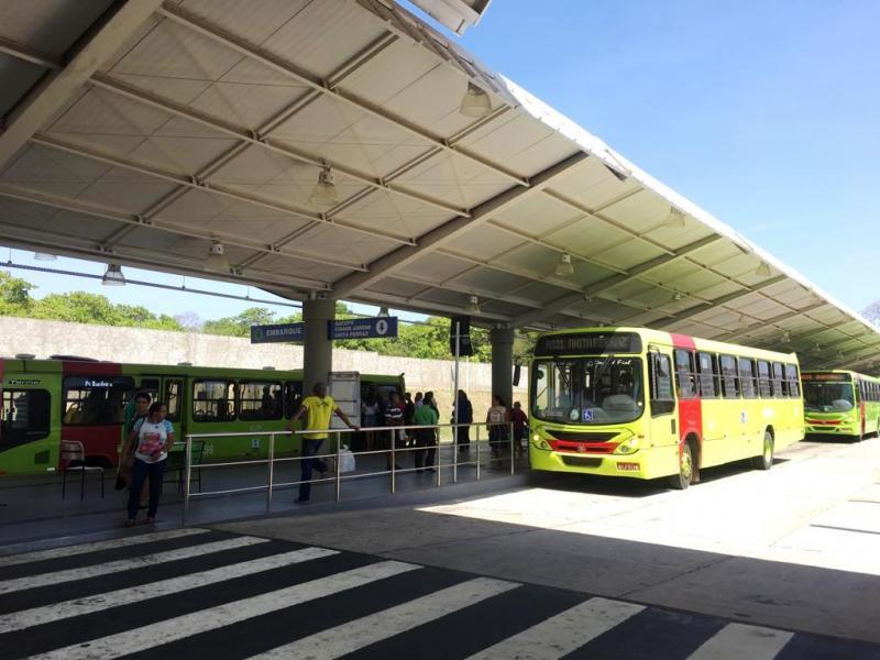 Veículos cadastrados pela Strans atenderão trabalhadores no feriado