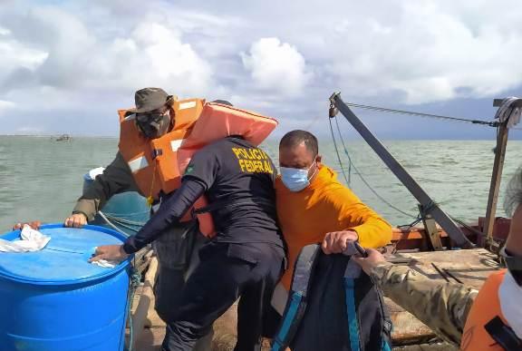 PF deflagra operação para coibir pesca ilegal de camarões no litoral do PI