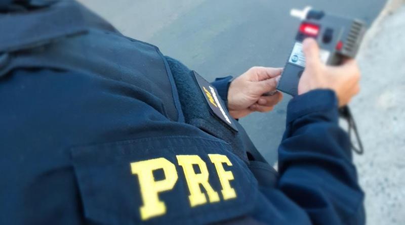 Homem é preso após se envolver em acidente na BR 343