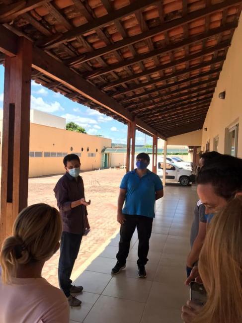 Zé Santana doa apartamentos de hotel para moradia de profissionais da Saúde