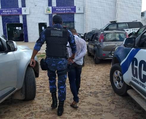 ROMU/Timon recupera carro roubado e prende acusado
