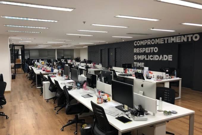 Empresa abre mais de 100 vagas com seleção remota e home office