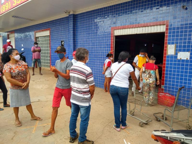 Colônia do Gurgueia | Vigilância Sanitária orienta a população em comércios